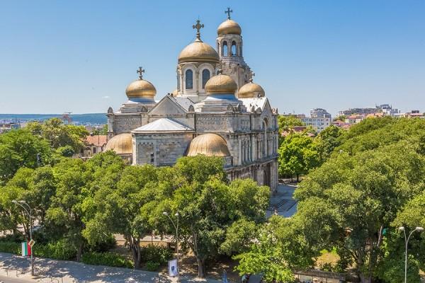 Катедрален храм Свето Успение Богордично
